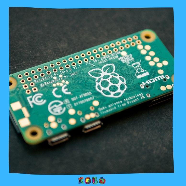 Was Raspberry Pi so besonders macht ist sein unschlagbar günstiger Preis von 35€ und seine ständig wachsende, globale Community.